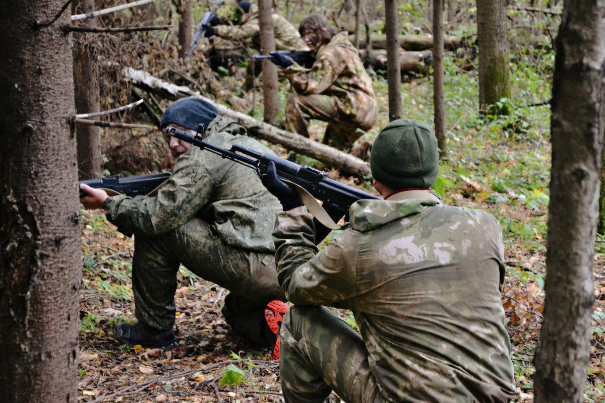 атака в лесу