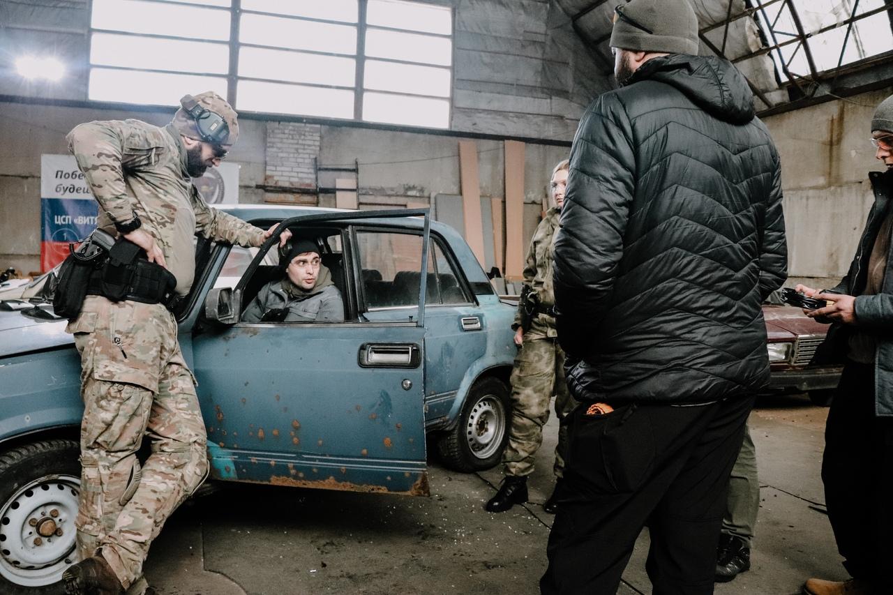 Стрельба из машины